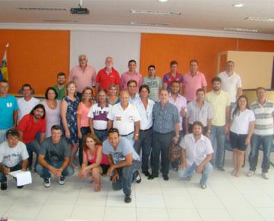 Reunião que aconteceu na sede da FETIESC em Itapema-SC
